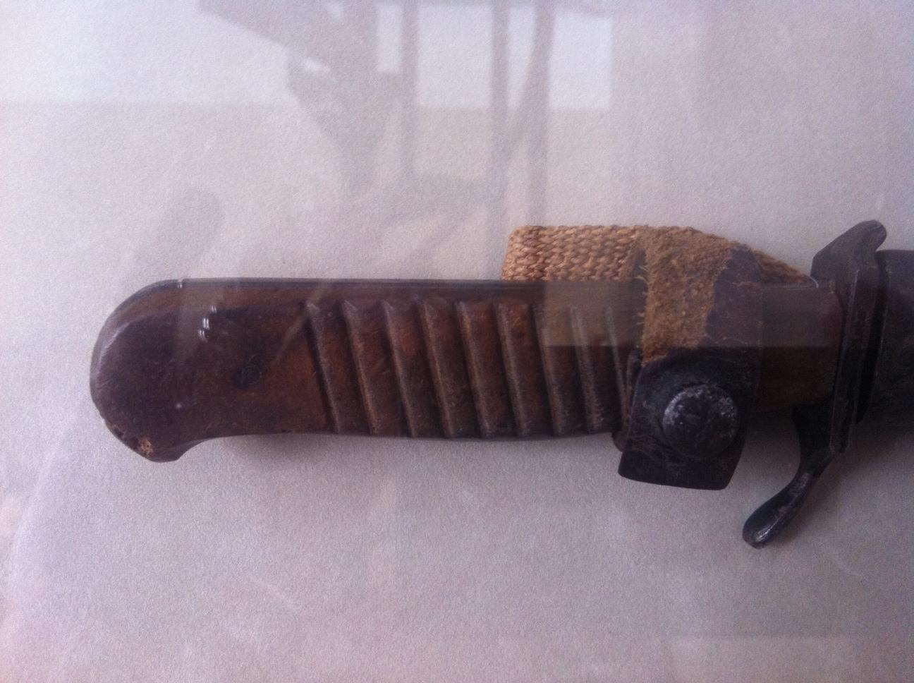 Boker Trench Knife-photo-63.jpg