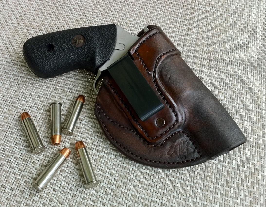 Minimalist j frame holster?
