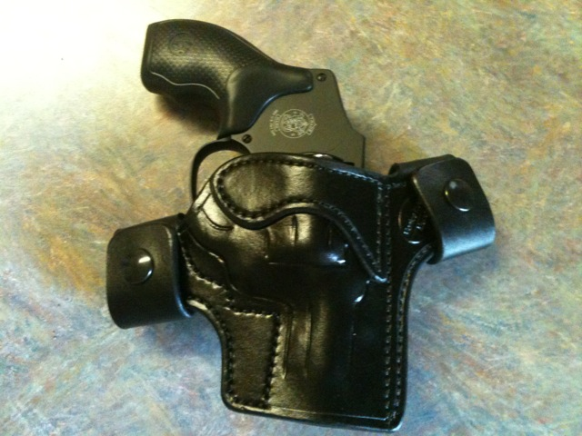 Show us how you carry your revolver!!!-photo.jpg