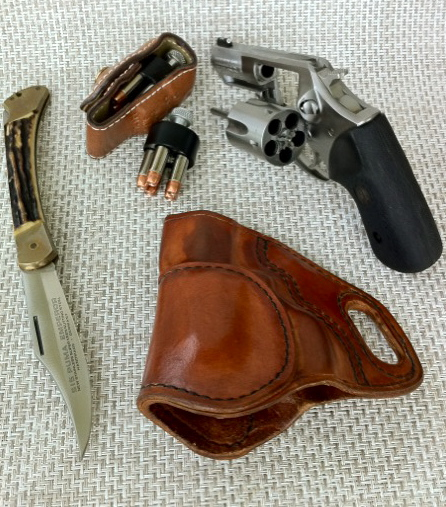 Revolver Speed Loader Dump Pouch Review-photo.jpg