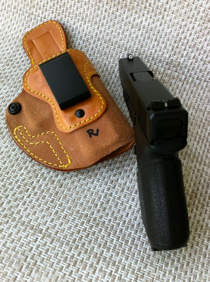 Just purchased a Glock 19 gen 4, suggestions for good concealed holster?-photo.jpg