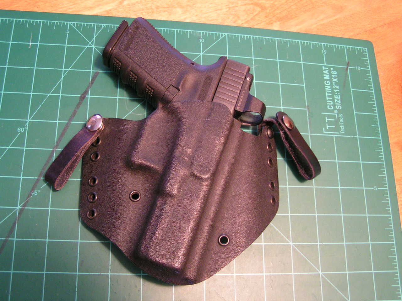 Just Purchased a Glock 26 Gen 4 - Looking for holster for small framed body.-pict0037.jpg