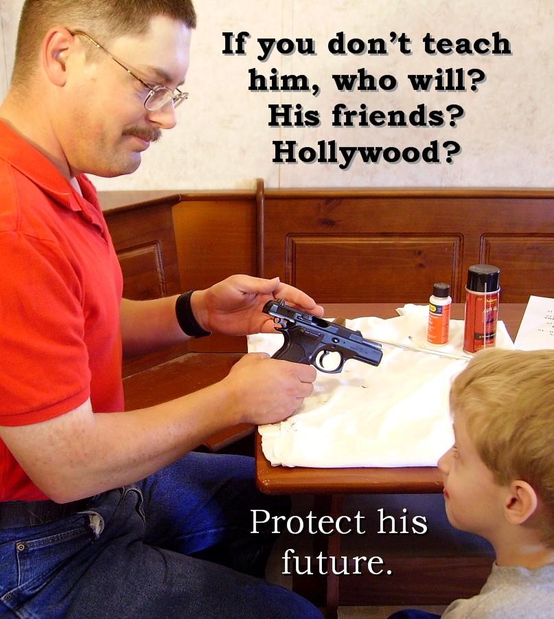 """My daddy carries a gun...""-pict0225.jpg"