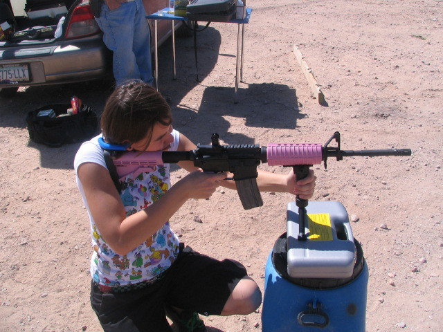 One reason NOT to buy an AR-15-pinky.jpg