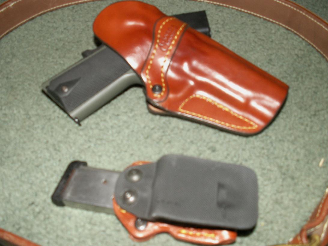 Jonesing for a Commander-pistols-004.jpg