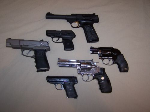 Photographing and recording serial #'s-pistols.jpg