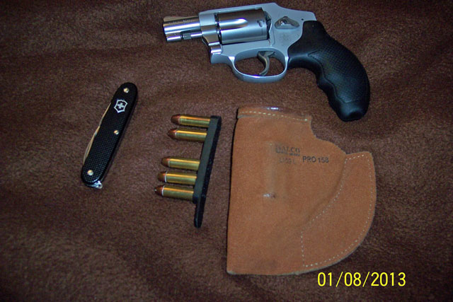 Ankle Carry vs. Front Pocket Carry & Which Gun???-pocketcarry.jpg