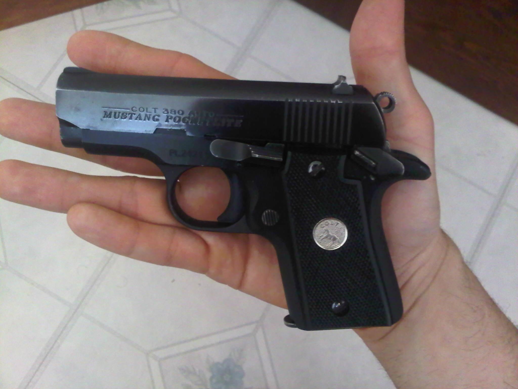 Colt Mustang Pocklite !-pocketlite.jpg