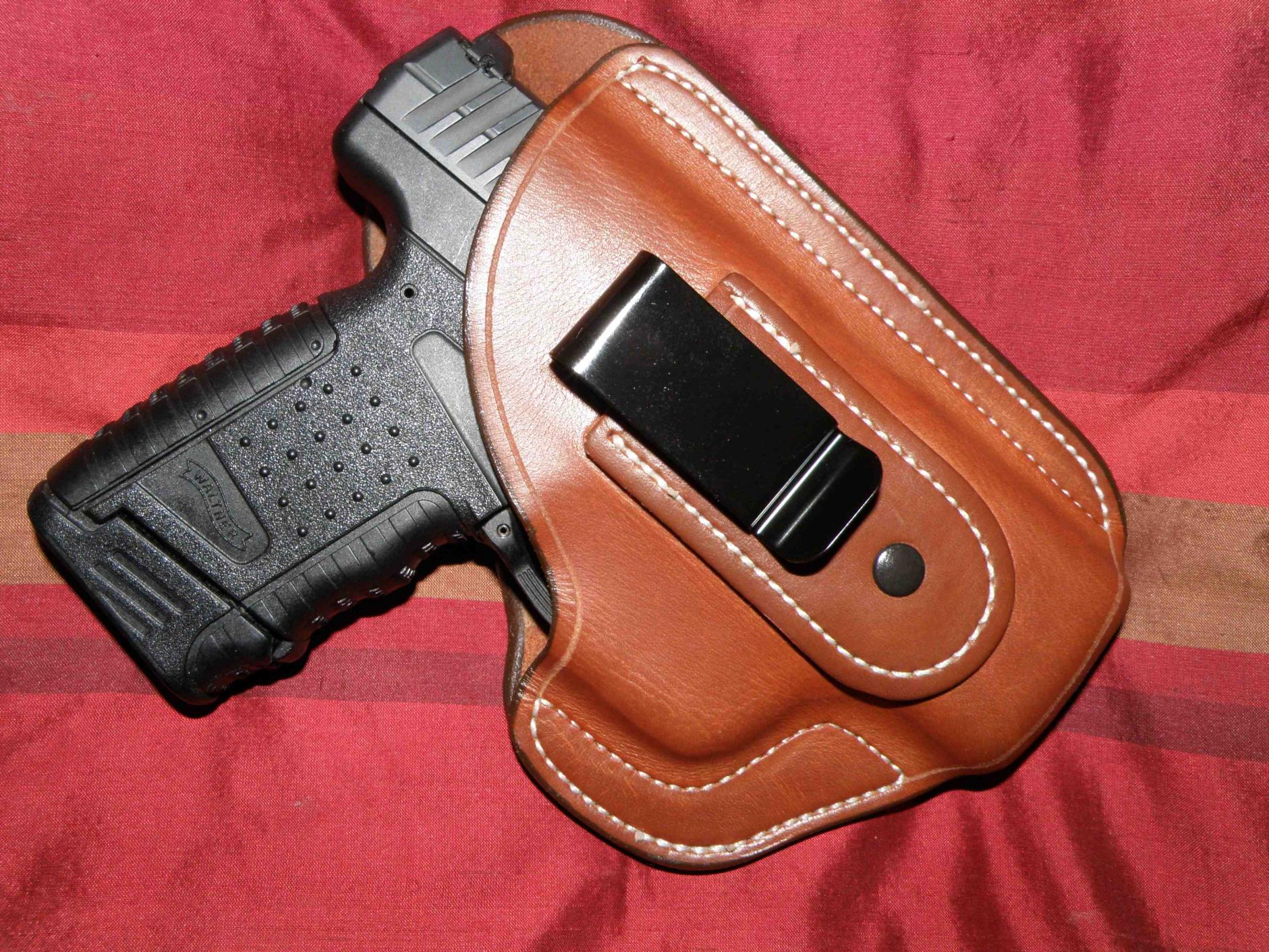WALTHER P-22; P-38 HOLSTER W//EXTRA MAG HOLDER ATTACHED BY ACE CASE USA MADE