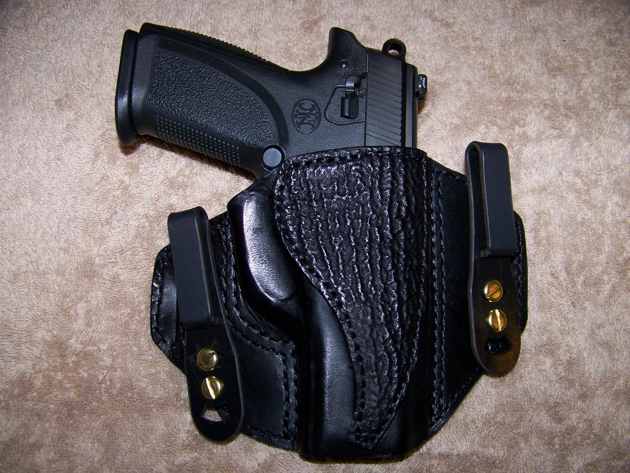 FNP-9 carry holster-praxis2.jpg