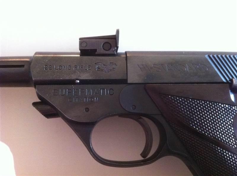 2 pistols, need some info please-quickshot-2012.05.16-19.39.07.jpg