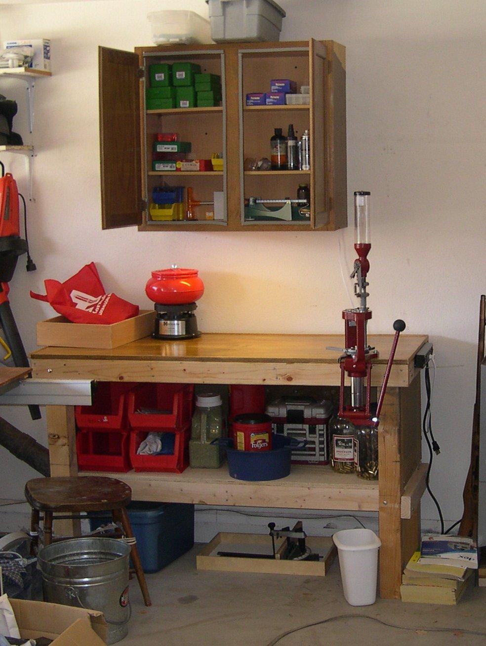 Gun Cleaning Table-rl-bench.jpg