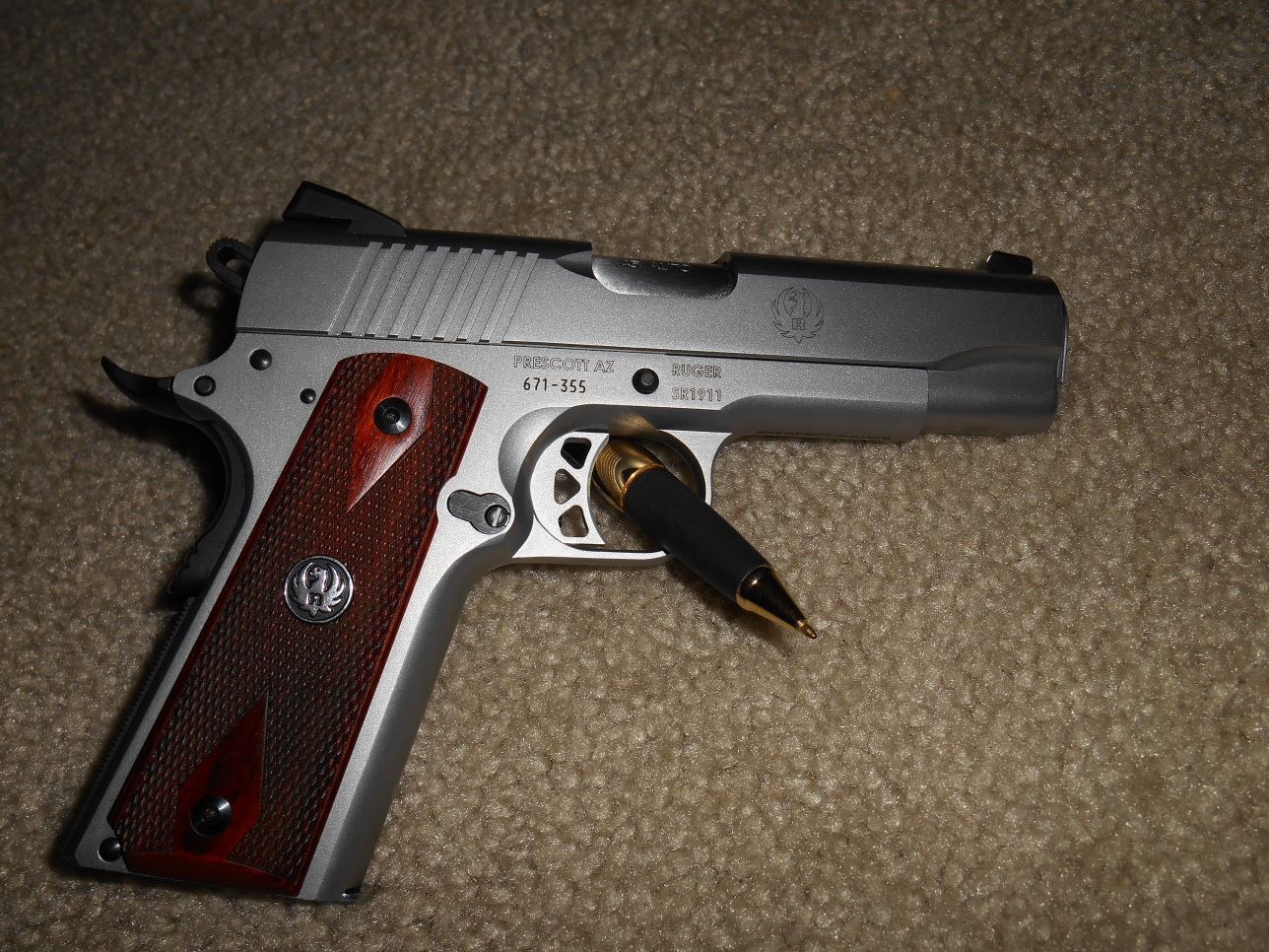 Picked up a brand new Ruger SR1911, Commander.-rug-right.jpg