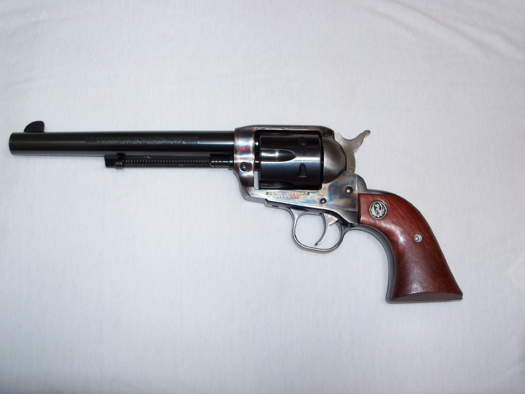 Who carrys large caliber revolvers?-ruger-44.jpg