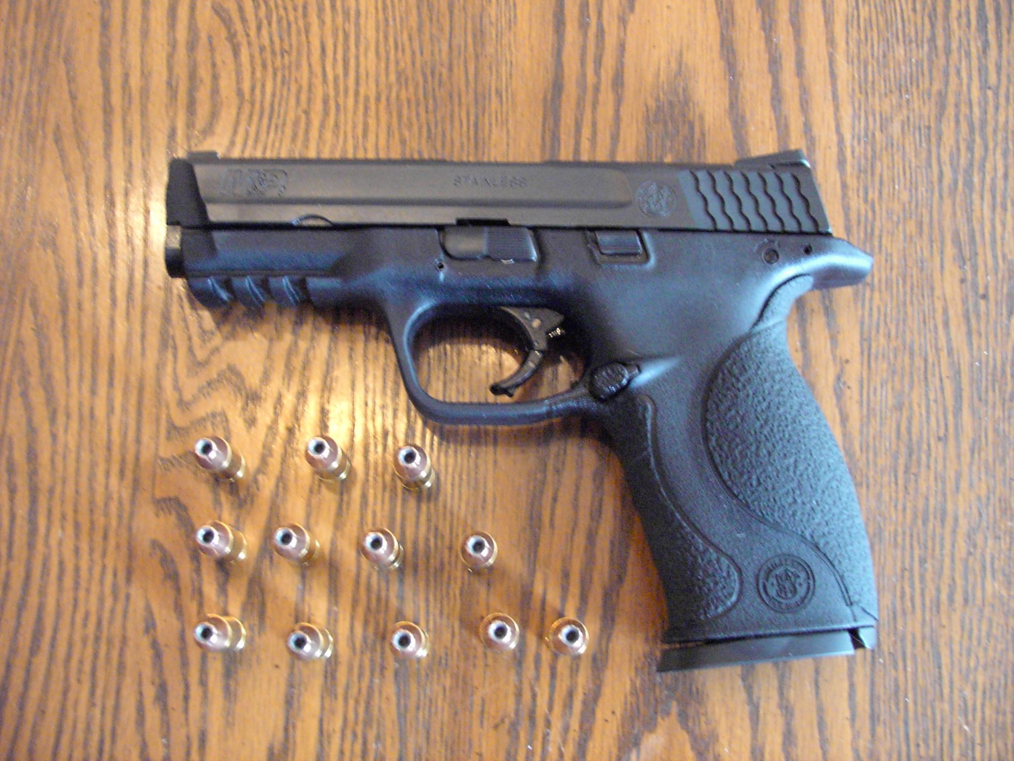 Bedroom gun-s-w-9mm-m-p.jpg