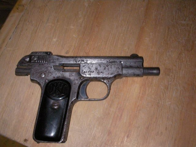Who can identify this gun?-sany0004.jpg
