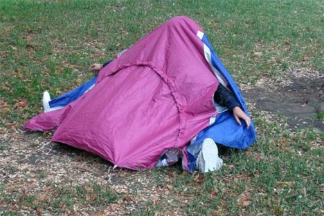 The ULTIMATE Portable Survival Shelter ------ NOT!-sheltershoes5.jpg