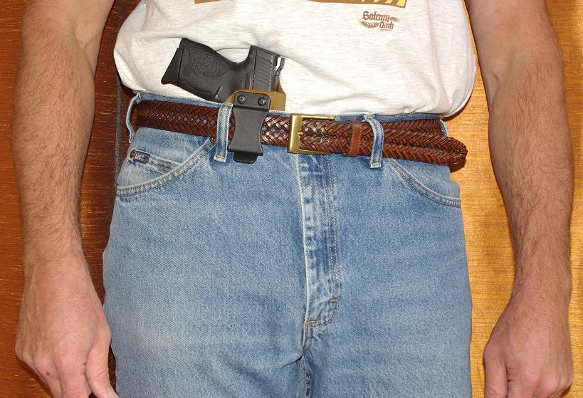 IWB holster, two clips or single clip?