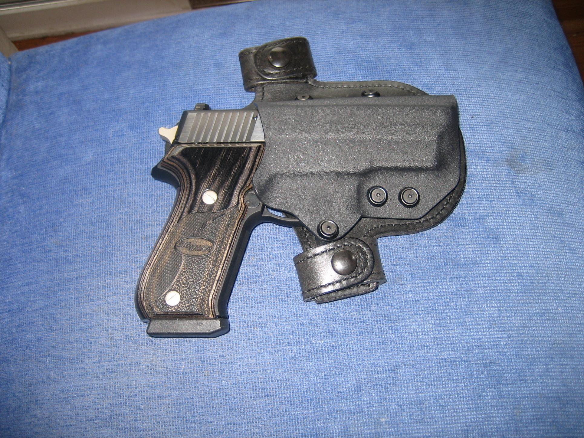 Permit: Finally. Gun: Check. Holster? HELP! -S&W M&P-sig-220-004.jpg