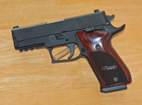 "The ""ONE"" - Sig P220 SAO-sig_220_elite_sao_600.jpg"
