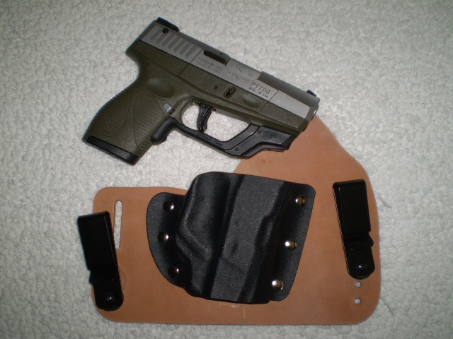 Tuckable IWB by Tommy Theis-slimwithholster.jpg