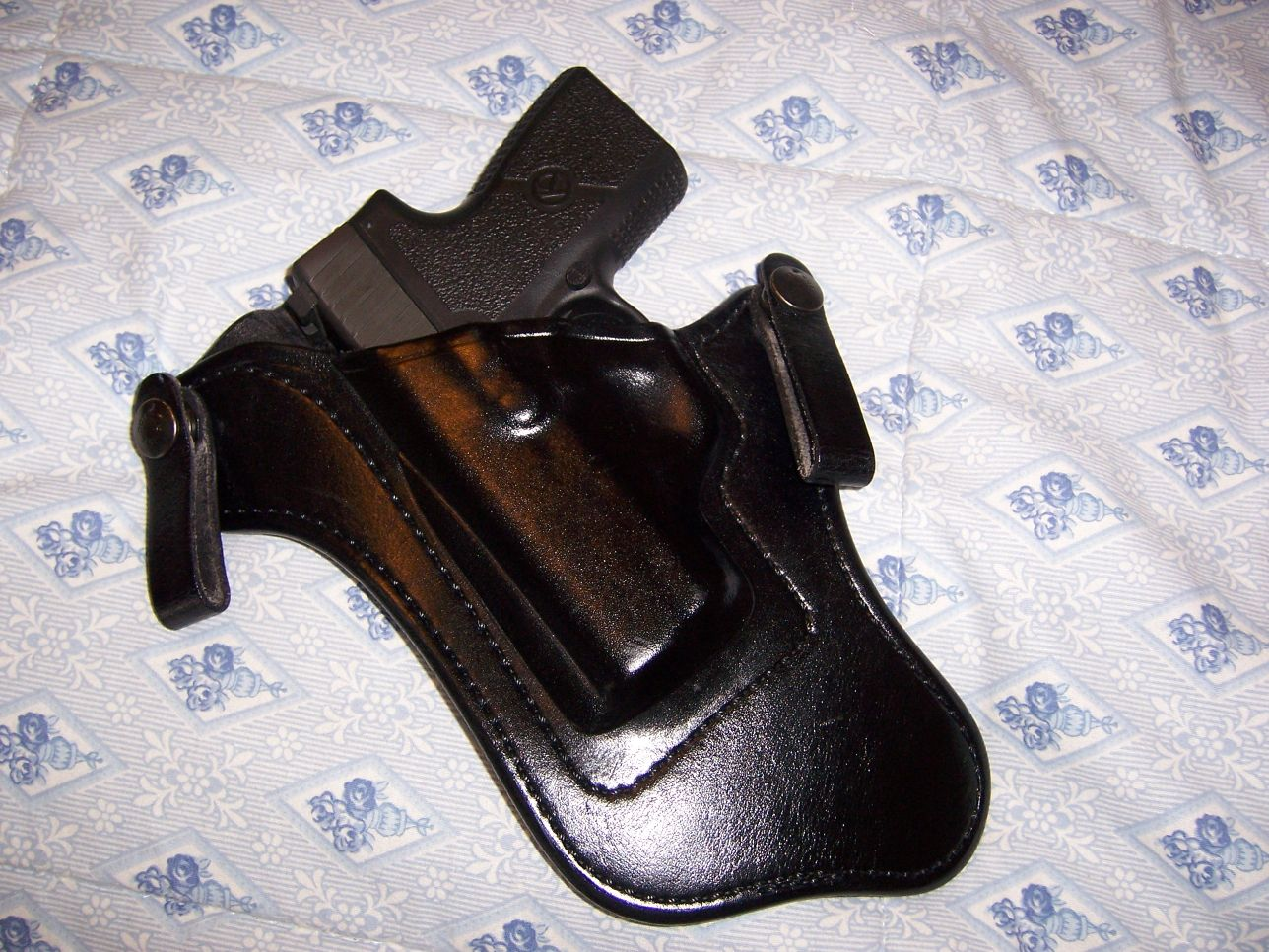 Let's See Your Pic's - How You Carry Concealed.-small-2.jpg