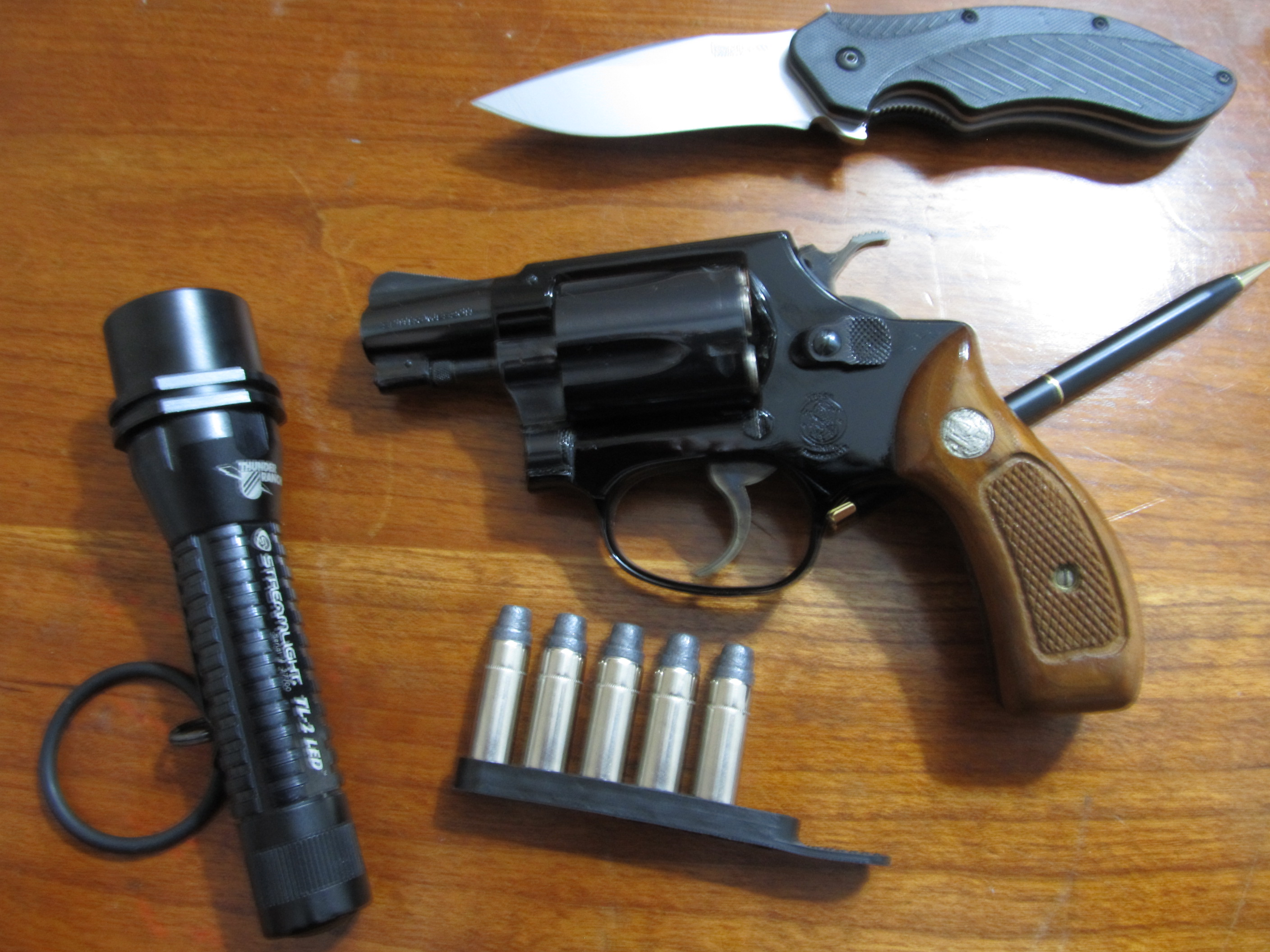 Guns and family history-smith-airweight-left-side.jpg