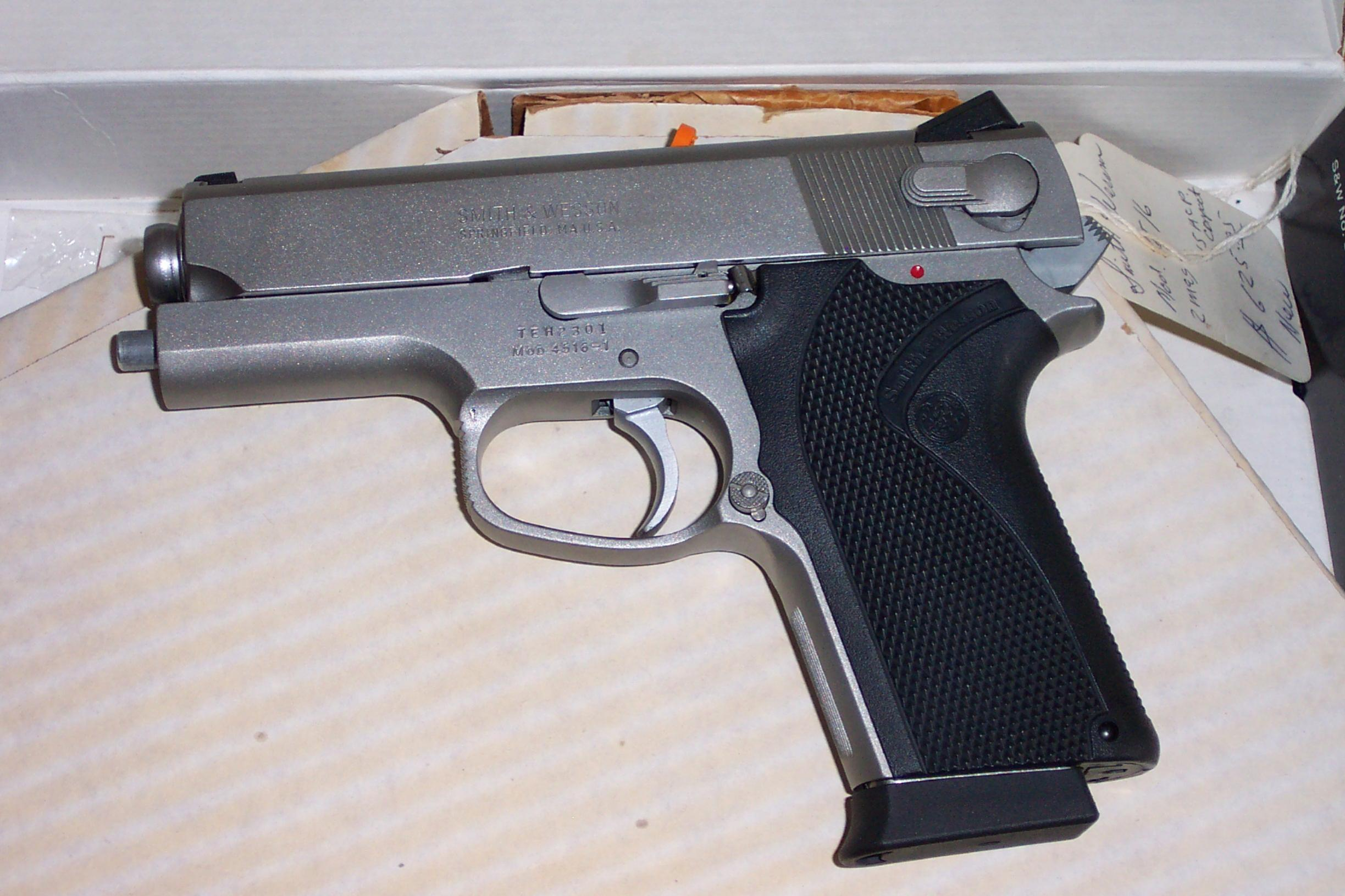 Have a S&W 4516, Should I Save for a SIG P220???-smith-wesson-4516.jpg