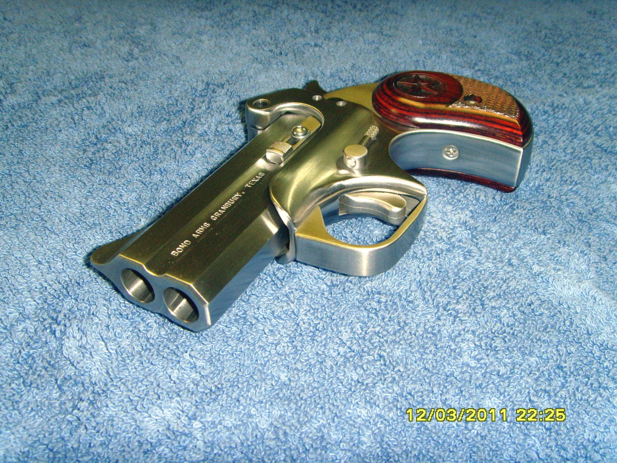 Filling a gap in handgun lineup-snv30005.jpg