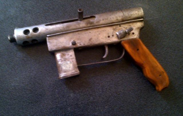 My gun and holster-southamericanhomemadepistol2.jpg