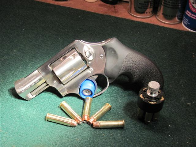 Since we are talking about snub nose revolvers,-sp101-small-.jpg