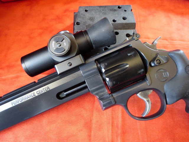New Smith and Wesson-stealth-hunter2.jpg
