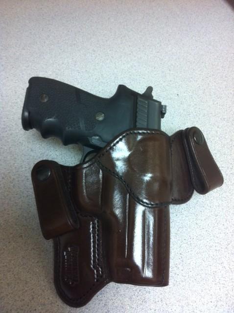 Best holster OC or CC for Glock 27?-stronghold-phoenix.jpg