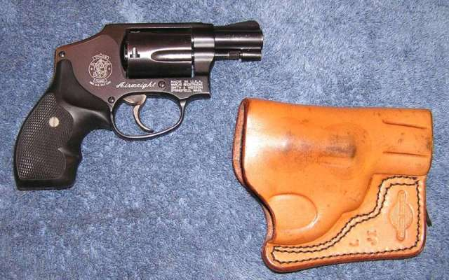 Now I'm considering a pocket revolver-sw442_w_holster_15_sm_640.jpg