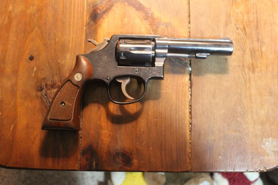 Revolvers-swm10_bb_r.jpg