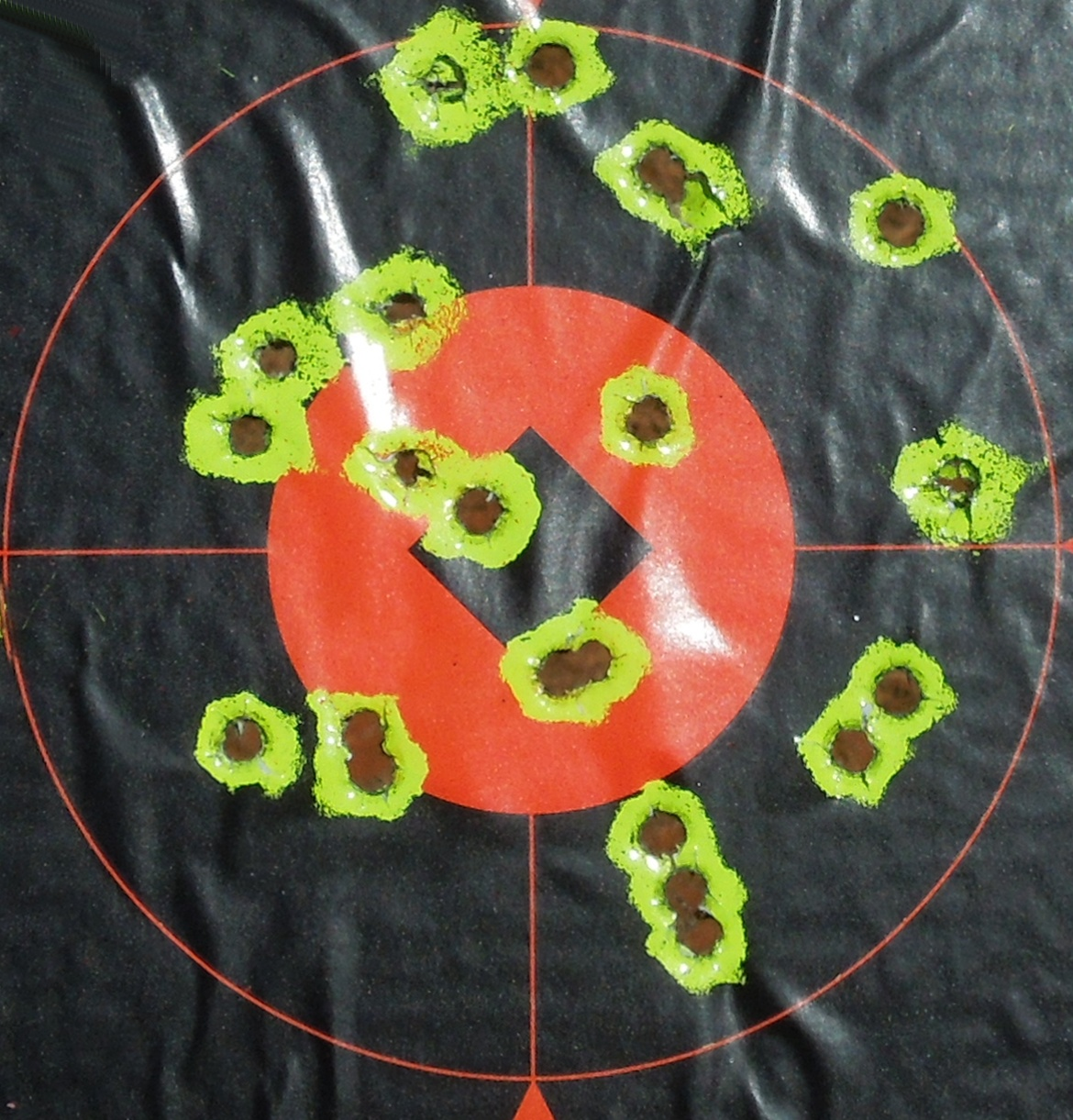 Bersa .40 Thunder Pro-target.jpg
