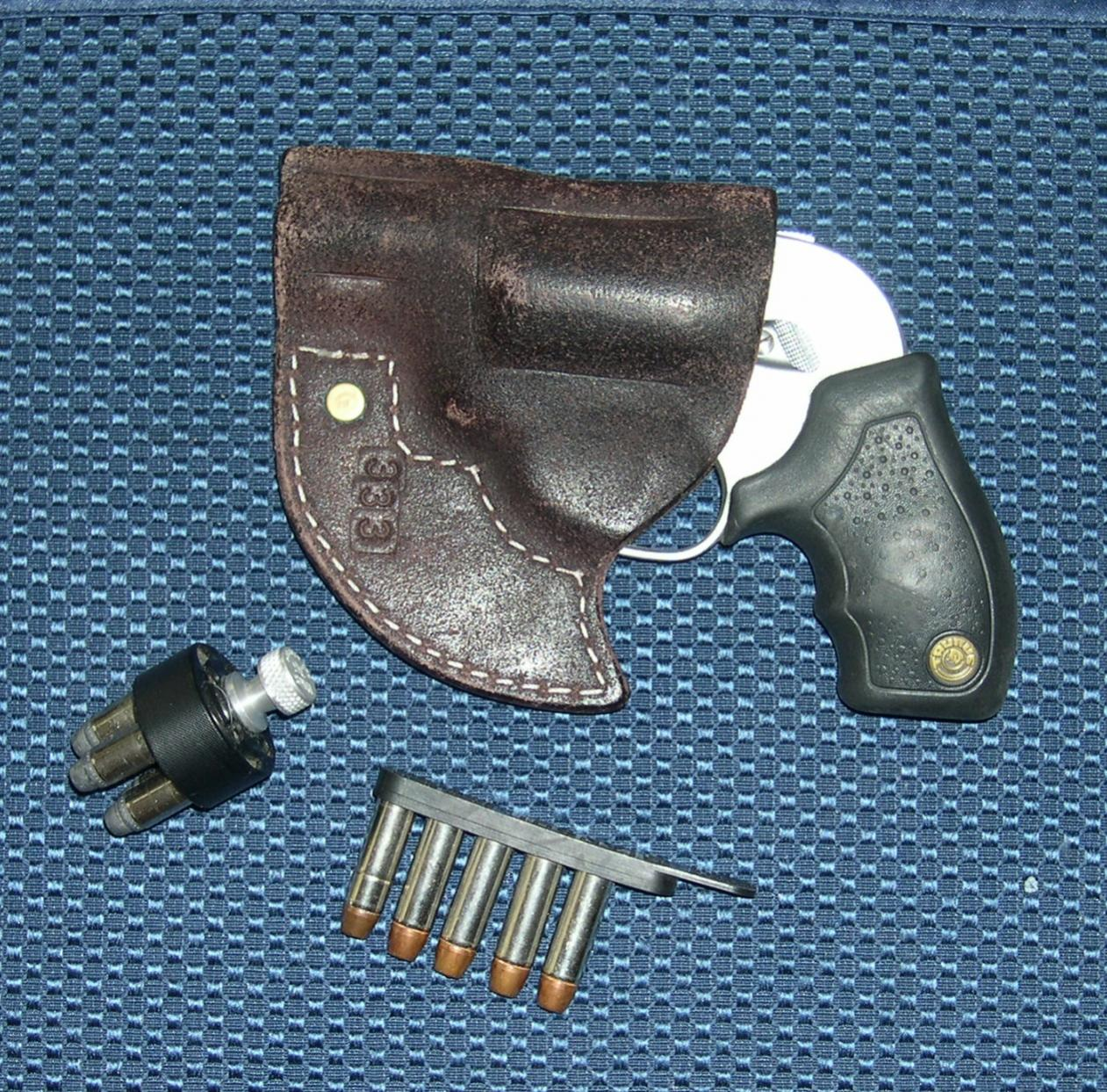 Pocket holster for a SW 642-taurus-851_1.jpg