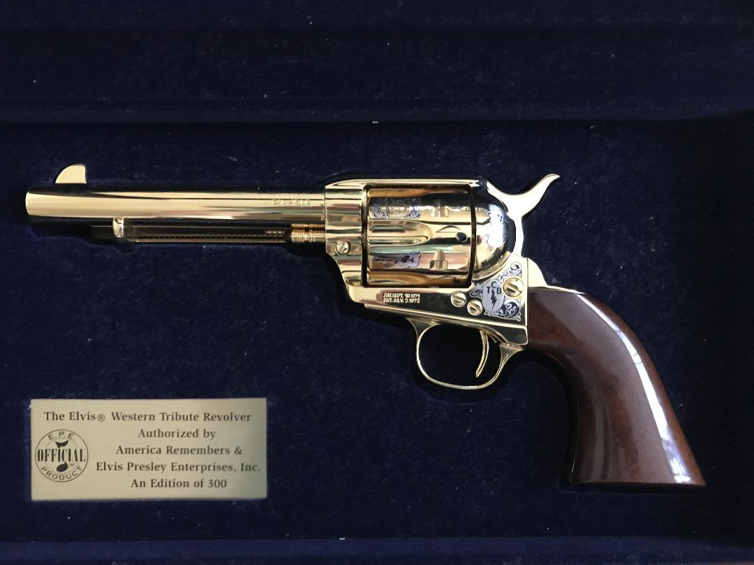 Gunshow- No spouses allowed: Quirky gun needs or justifications?-uberti.jpg