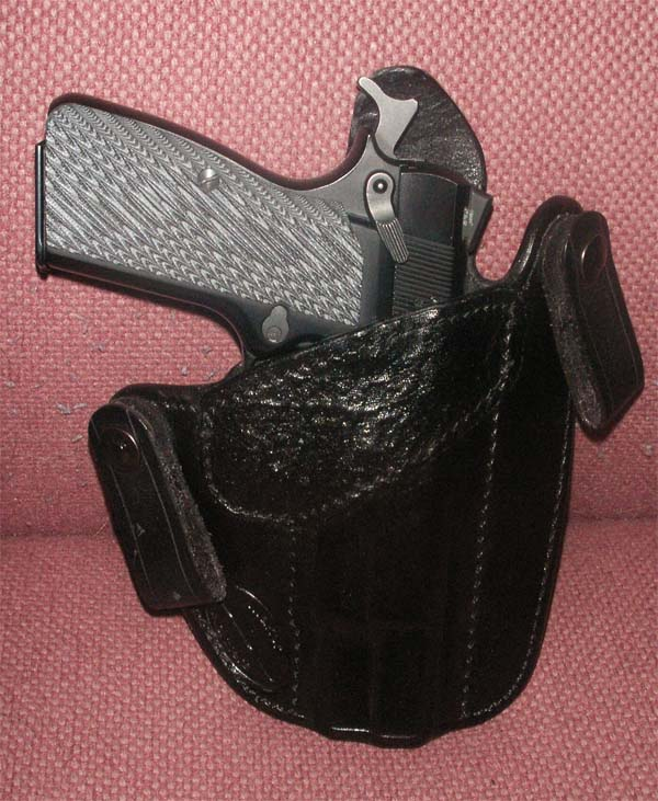 Show and Tell: Pics of the UBG Canute w/ shark-ubg-small-1.jpg