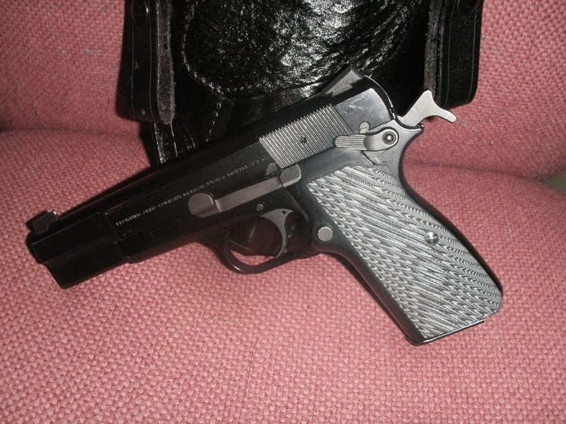Show and Tell: Pics of the UBG Canute w/ shark-ubg-small-3.jpg