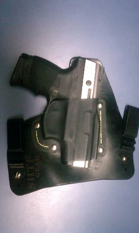 My new SHTF gear ACE-1 IWB holster-uploadfromtaptalk1312346022332.jpg