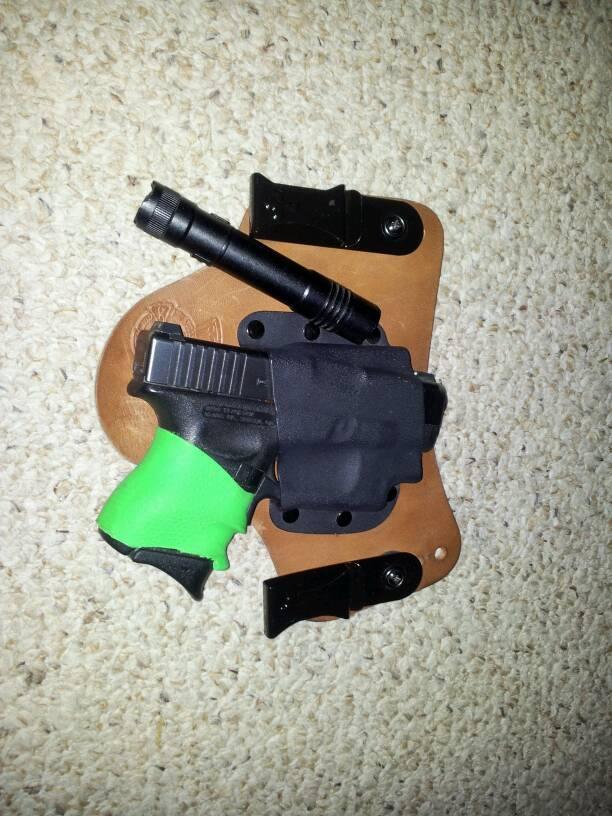 Glock 27-uploadfromtaptalk1360966122221.jpg