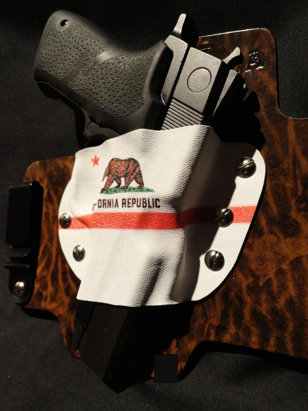 New custom holster by White Hat Hoslters in Texas-upright-gun.jpg