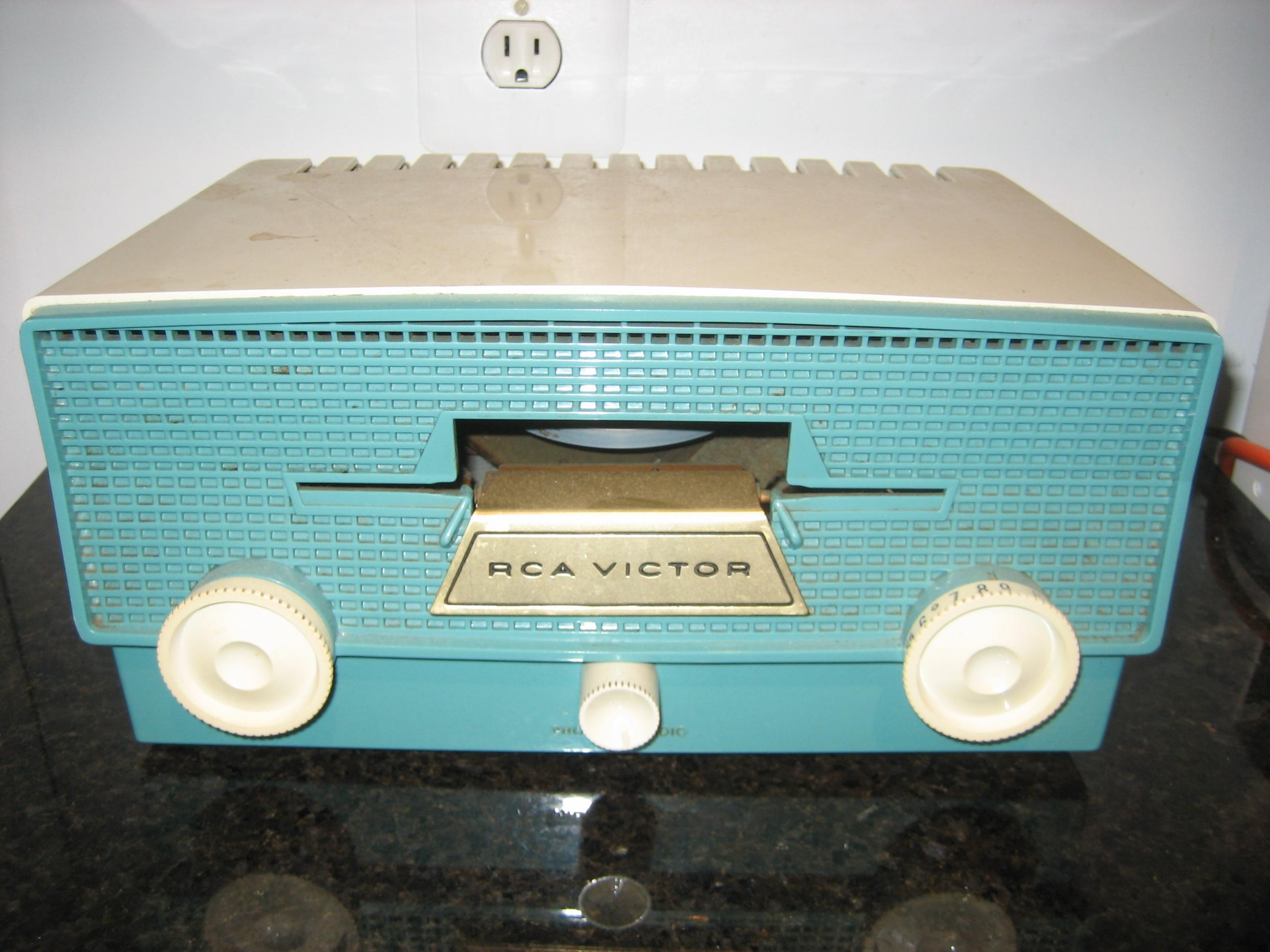 What happened to popular music?-victrola.jpg