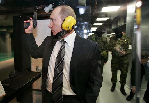 Vladimir Putin takes aim-vladimir-putin-gun_width_600x.jpeg