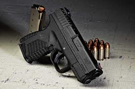 Looking into polymer 45 pistols-xds-1.jpg