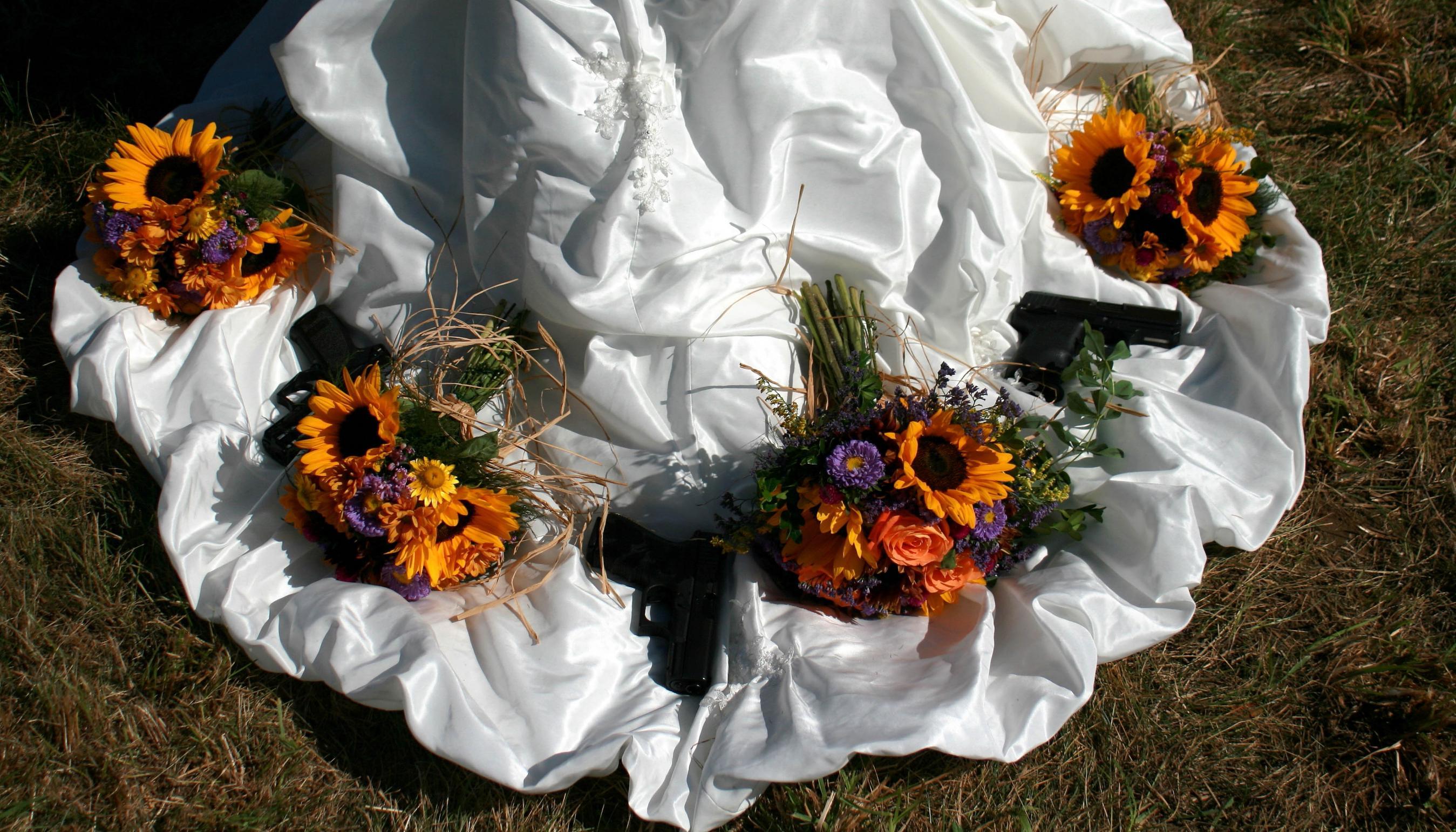 Fun Wedding/Gun Pictures!-zzzzzzzzzzzzzzbond0022.jpg